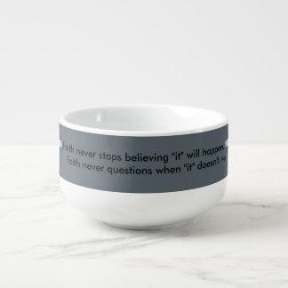 Glauben-nie Suppen-Tasse w/Blue erweiterte sich Große Suppentasse