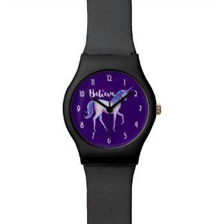 Glauben Sie mit Einhorn in den PastellAquarellen Uhr