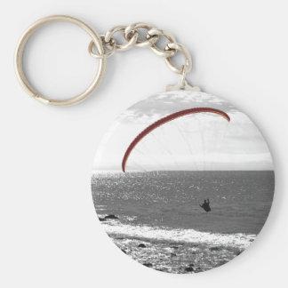 Gleitschirmfliegen durch den Ozean Keychain Schlüsselanhänger