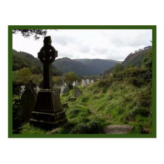 Glendalough (keltisches Kreuz) Postkarte