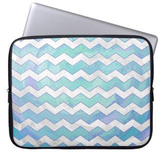 Gletscher-blaues Zickzack Muster Laptop Sleeve