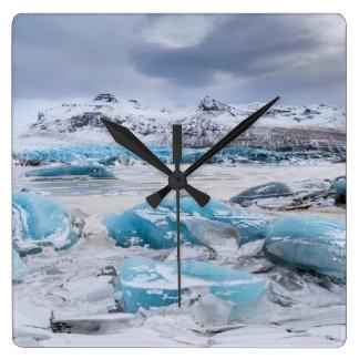 Gletscher-Eislandschaft, Island Quadratische Wanduhr