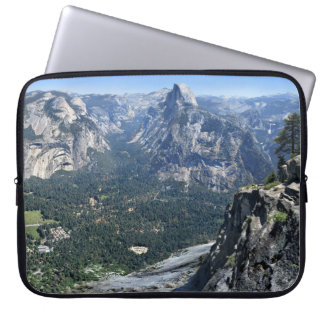 Gletscher-Punkt-Panorama - Yosemite-Tal Laptopschutzhülle