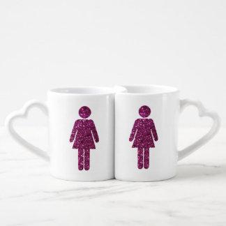 Glitter-Frau-Paare Liebestassen