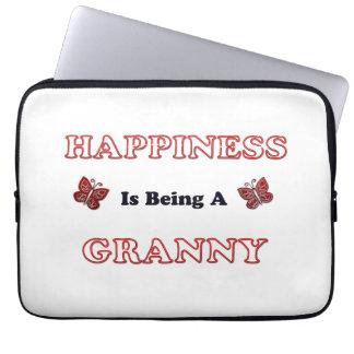 Glück ist eine Oma Laptopschutzhülle