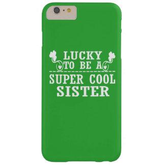 Glücklich eine SUPER COOLE SCHWESTER sein Barely There iPhone 6 Plus Hülle