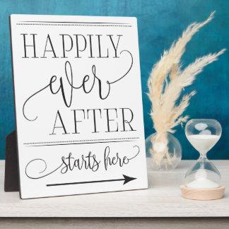 Glücklich fängt seitdem, Zeichen an hier Wedding Fotoplatte