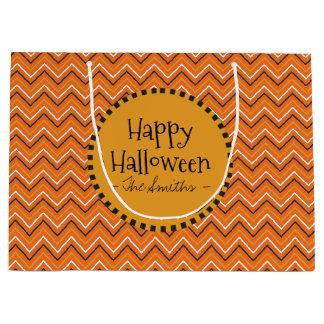 Glückliche Halloween-Farben. Chevron Große Geschenktüte