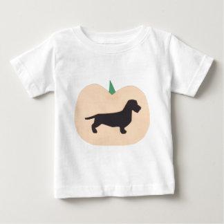 Glückliche Halloween-Kürbis-Draht-Haar-Dackel Baby T-shirt