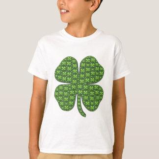 Glückliche irische Klee-Shirts T-Shirt