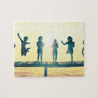 Glückliche Kinder, die in der Park-Illustration Puzzle