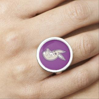 Glückliche Lavendel-Kaninchen-Rosa-Augen-Tinte, Foto Ringe