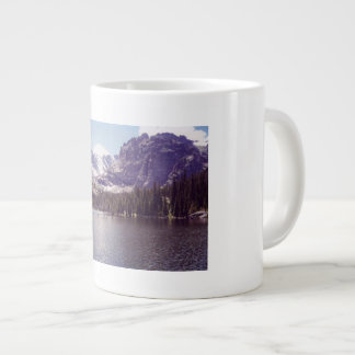 Glückliche Reisen in den hoch Plätzen!! Jumbo-Tasse
