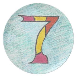 Glückliche sieben auf cooler Blues-Melamin-Platte Teller