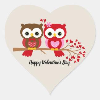 Glückliche Valentinstag-Eulen Herz-Aufkleber