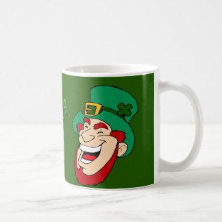 Glücklichen St Patrick Tagesspaß u. magischer Kaffeetasse
