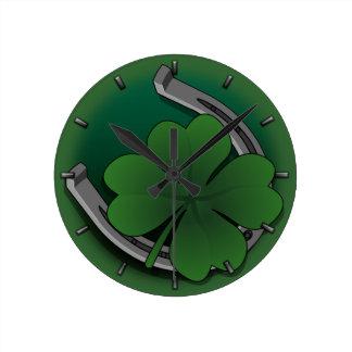 Glücklichen Uhr-St Patrick Glücksbringer-Wanduhr Runde Wanduhr
