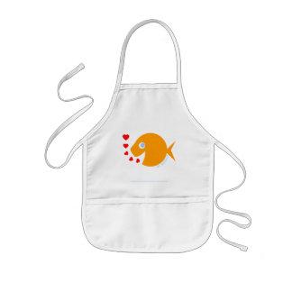 Glücklicher Cartoongoldfish-Kinderkünstler scherzt Kinderschürze