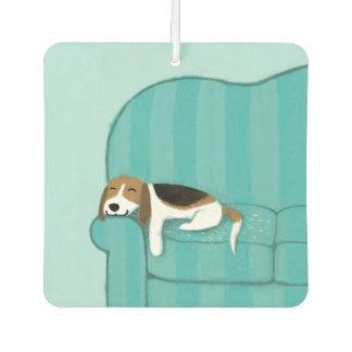 Glücklicher Couch-Beagle Autolufterfrischer