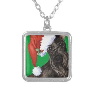Glücklicher Howlidays Scottish Terrier Versilberte Kette
