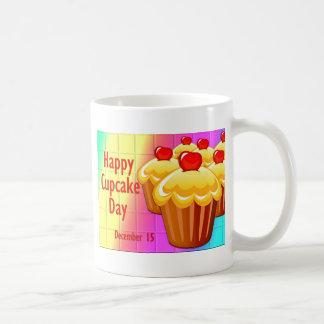 Glücklicher Kuchen-Tag am 15. Dezember Kaffeetasse