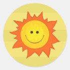 Glücklicher lächelnder Sun-Aufkleber Runder Aufkleber