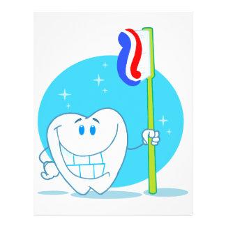 Glücklicher lächelnder Zahn mit Zahnbürste 21,6 X 27,9 Cm Flyer