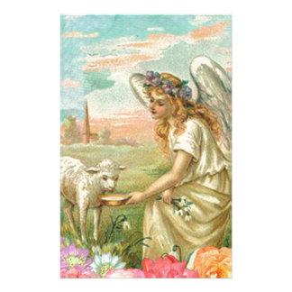 Glücklicher Osternengel und -lamm Briefpapier