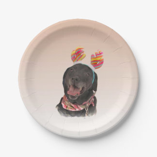 Glücklicher schwarzer Labrador Pappteller