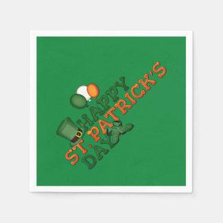 Glücklicher Tag St. Patricks verschönert Papierserviette