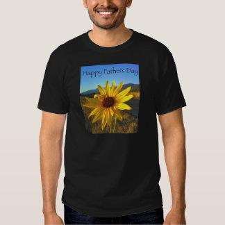 Glücklicher Vatertag mit gelber Wildblume T-shirt