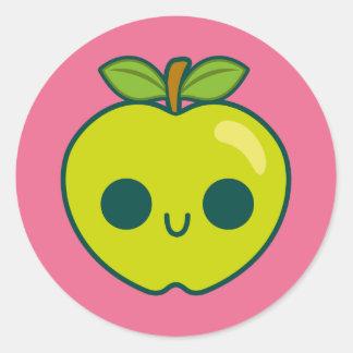 Glückliches grünes Apple auf einem rosa Runder Sticker