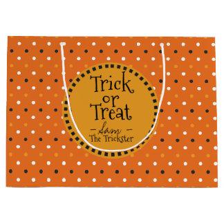 Glückliches Halloween färbt Tupfen. Trick oder Große Geschenktüte