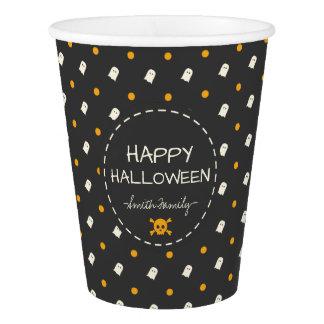 Glückliches Halloween. Niedliche Pappbecher