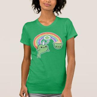 Glückliches Narwhal T-Shirt