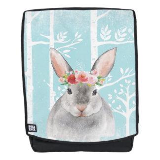 Glückliches Tier mit Blumen im blauen Wald-Häschen Rucksack