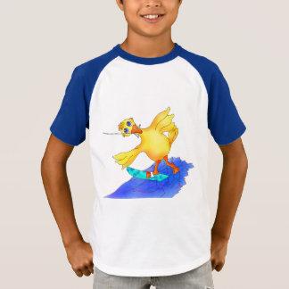Glückliches Wasserskifahren durch Happy Juul T-Shirt