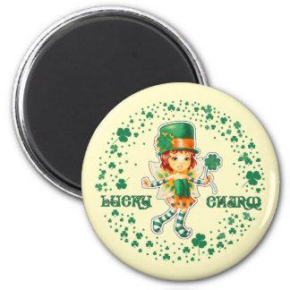 Glücksbringer. Spaß-St Patrick Tagesmagneten Runder Magnet 5,1 Cm
