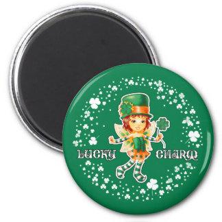 Glücksbringer. Spaß-St Patrick Tagesmagneten Runder Magnet 5,7 Cm