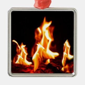 Glühende Flammen Quadratisches Silberfarbenes Ornament