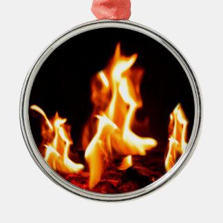 Glühende Flammen Rundes Silberfarbenes Ornament
