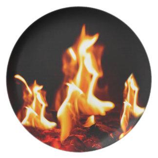 Glühende Flammen Teller