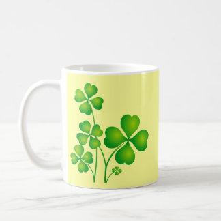 Glühende Kleeblätter Kaffeetasse