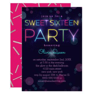 Glühende Neon16. Geburtstag-Party Einladung