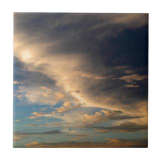 Glühende Wolken Keramikfliese