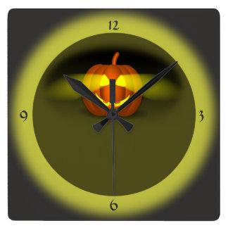 Glühender Kürbis - Quadratische Wanduhr
