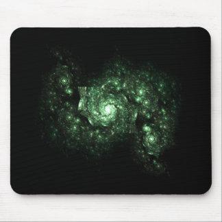 Glühendes grünes Galaxie-Fraktal Mousepad