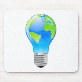 Glühlampekonzept der Weltkugel Mousepad