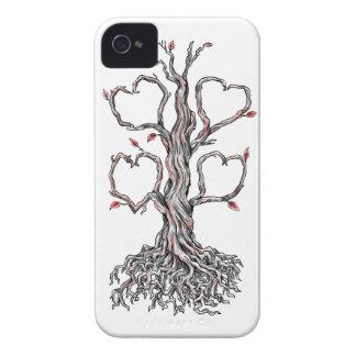 Gnarly Eichen-Herz-Tätowierung Case-Mate iPhone 4 Hülle