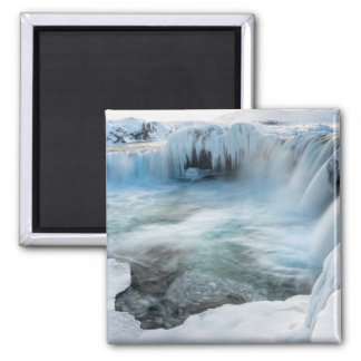 Godafoss Wasserfall, Winter, Island 2 Quadratischer Magnet